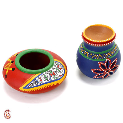 Aapno Rajasthan Set Of Red And Blue Terracotta Tea Light Holder With Tribal Art